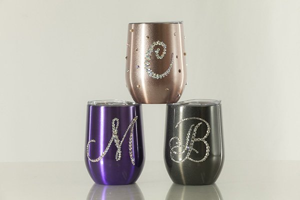 Embellished Butterfly Sells Customized Wine Cups and Tumblers